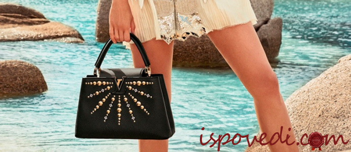 девушка с сумкой Louis Vuitton