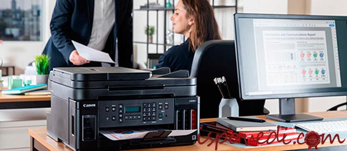 струйный принтер в офисе
