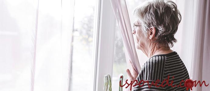 сын хочет определить мать в дом престарелых