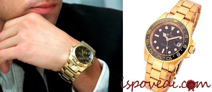 копия швейцарских часов на руке мужчины