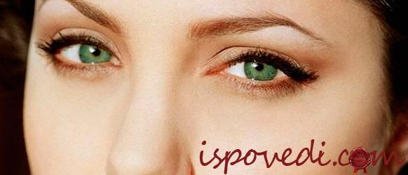 Легкий макияж для зеленоглазой женщины